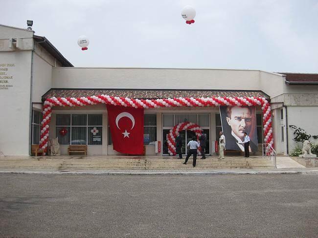 Antalya Müzesi balon süslemesi